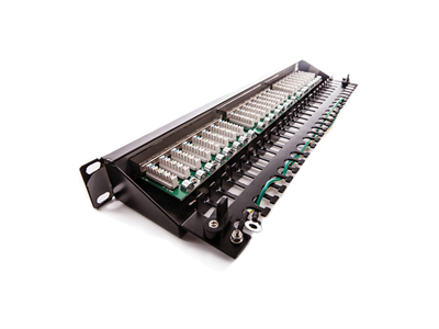KELine, Giga KOMPAKT 1U magas Cat.5E patch panel 24xRJ45/u, árnyékolt